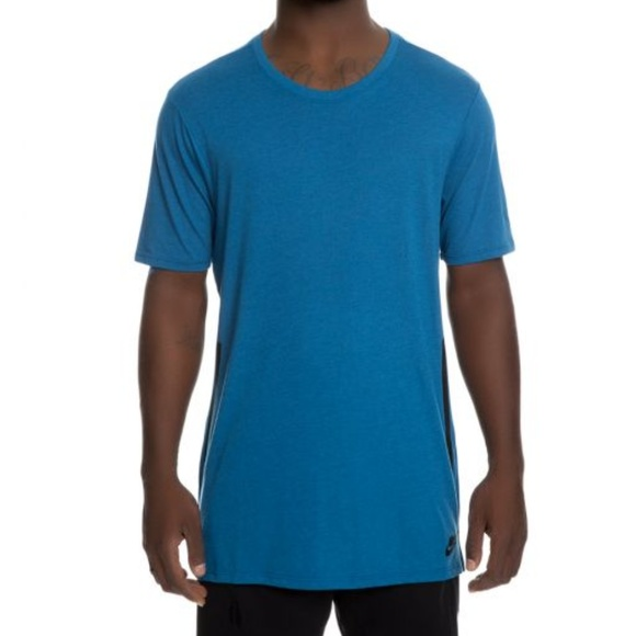 Nike TB Droptail Bond T Shirt size S Boutique